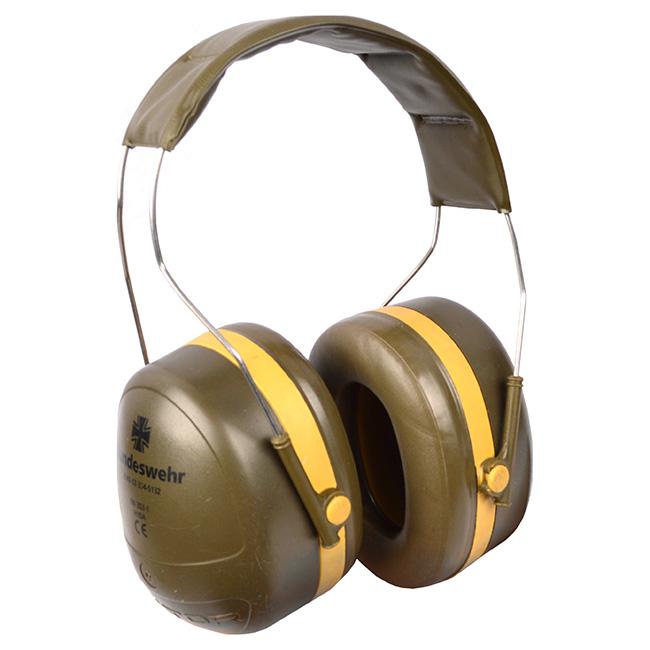 Slúchadlá proti hluku 'PELTOR' použité