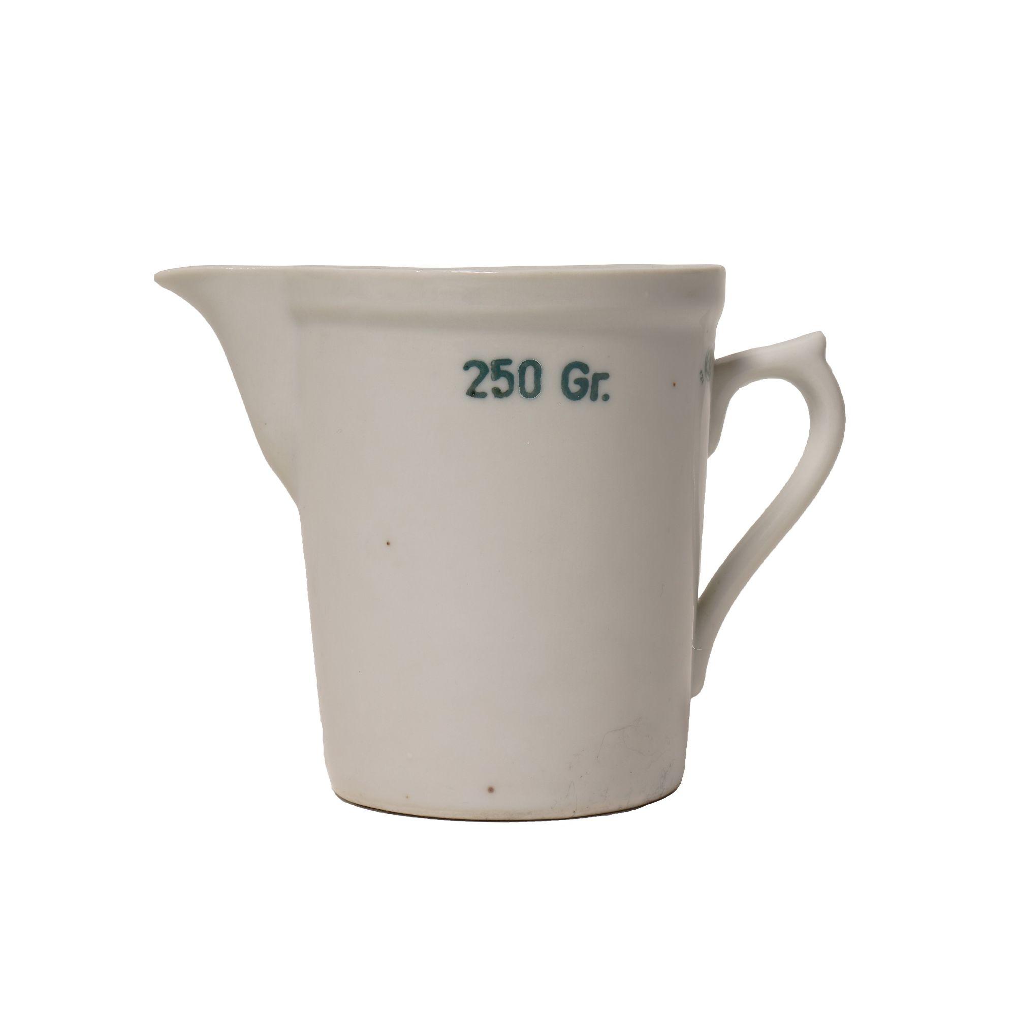 Odmerka porcelánová lekárenskej 250 ml