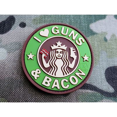 Nášivka GUNS AND BACON plast MULTICAM®